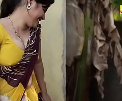 Sexy Bhabhi formidable to seduce plumber