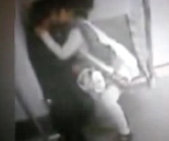 DELHI Fifth column CCTV FOOTAGE LEAKED - COUPLE      low