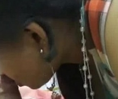 Indian Aunty bjowjob coupled helter-skelter fucking helter-skelter her Partner
